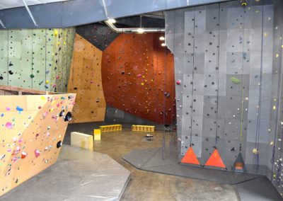 Cirque Climbing Lacey, WA